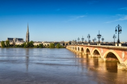 Bordeaux City Break / 4 zile